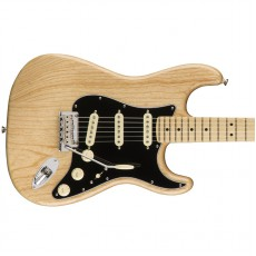 Fender American Pro Stratocaster, Maple Fingerboard - Natural